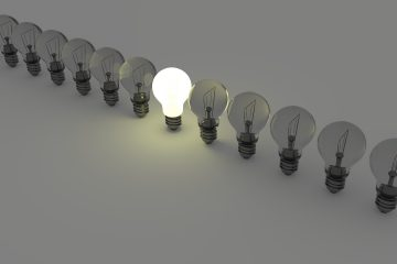 light-bulbs-1125016_1920