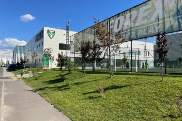 sala sport forex tractorul teren fotbal exterior